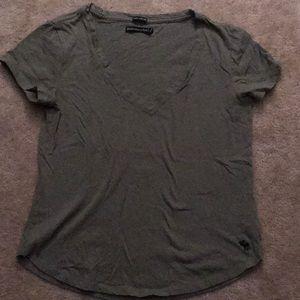 Abercrombie short sleeve V-neck tee